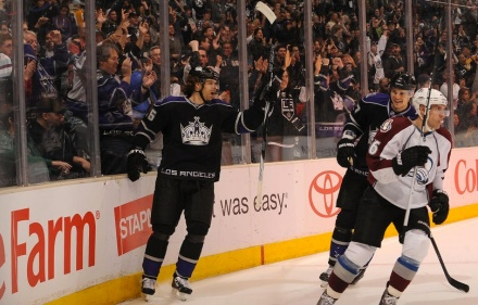 Michal Handzus celebrates a goal over the Colorado Avalanche