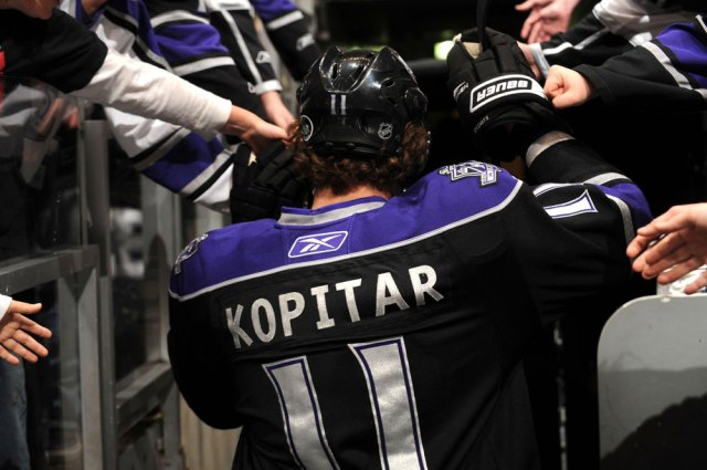 Anze Kopitar high fives Kings fans