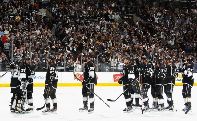 Kings celebrate after game 3