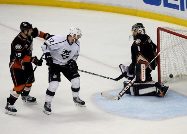jonas-hiller-ryan-getzlaf-marian-gaborik-nhl-stanley-cup-playoffs-los-angeles-kings-anaheim-ducks